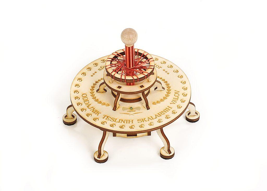 Teslov generator - Sferni Harmonizator oddaja skalarne valove za izpolnitev molitve in zelja