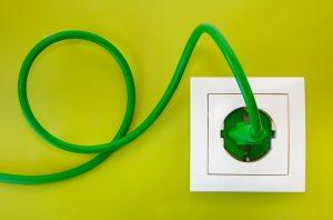 Detektos detektira elektricno sevanje kablov, vticnic in napeljav